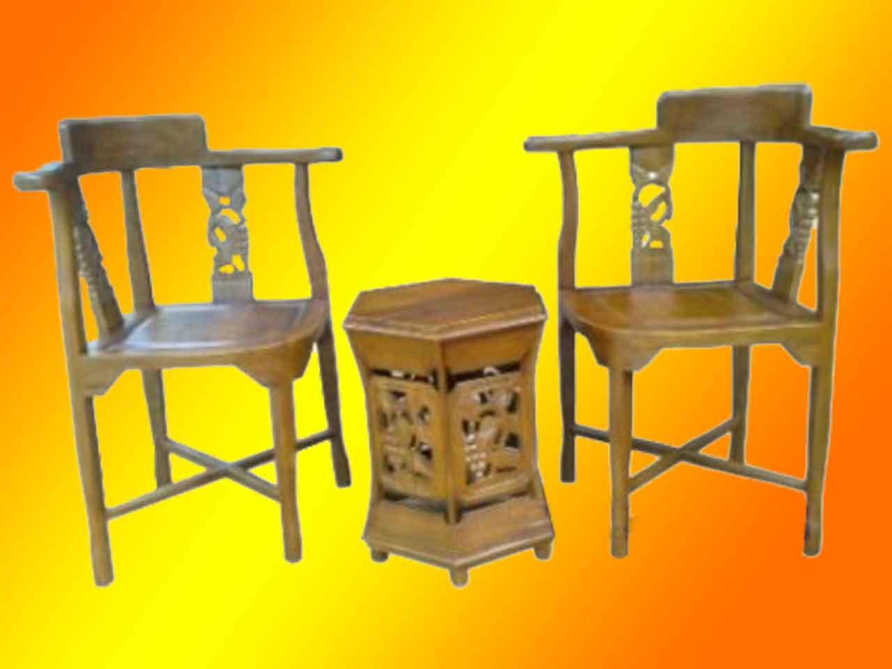 Set meja teras Anggur terbuat dari kayu Jati desain sangat unik dan